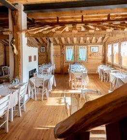 ristorante borgo nomplan ravascletto comeglians sala principale