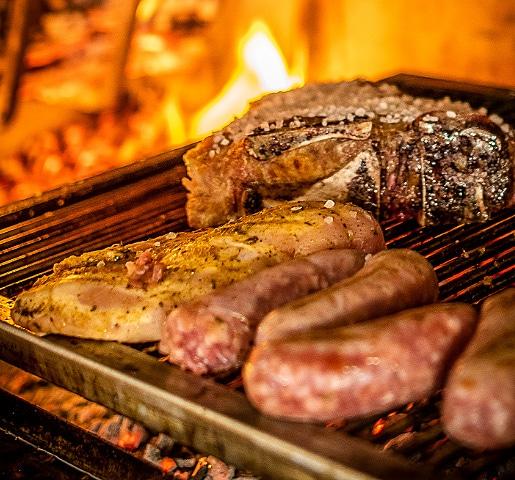 ristorante borgo nomplan ravascletto comeglians specialità carne alla brace